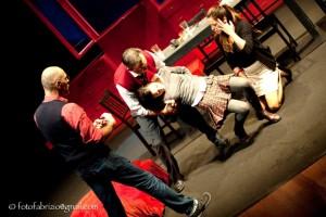 IL TOPO NEL CORTILE - Durante le prove. Daniele Falleri con Elena Russo, Emanuele Salce, Laura Glavan (edizione 2012)